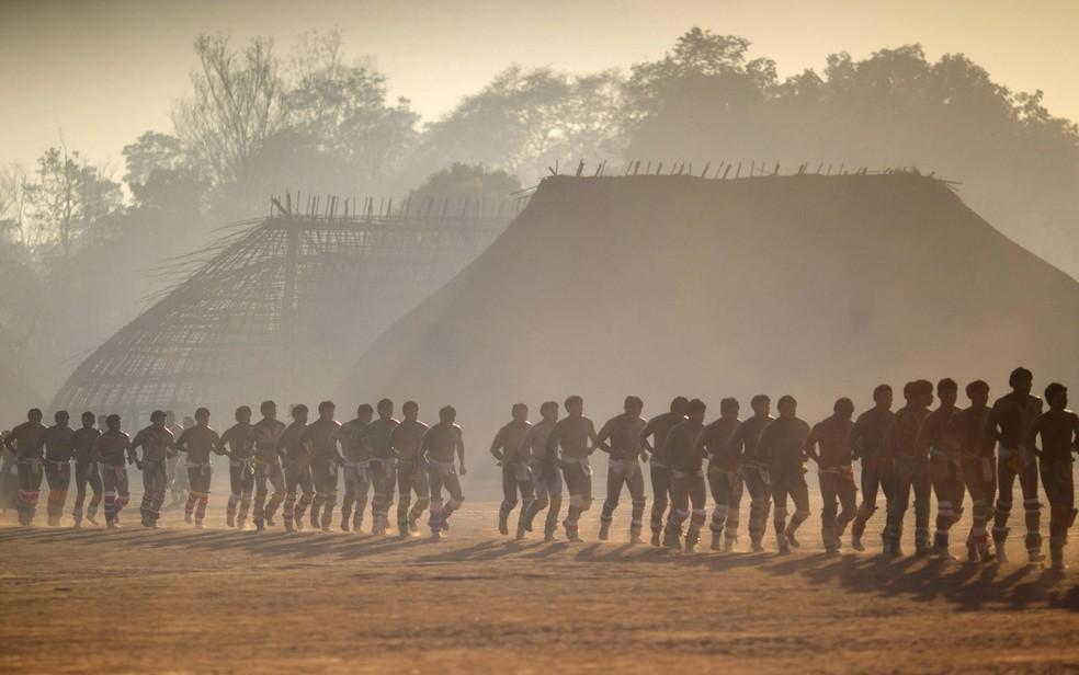 �ndios Waura no Parque Nacional do Xingu, no MT � Foto: Ueslei Marcelino/Reuters