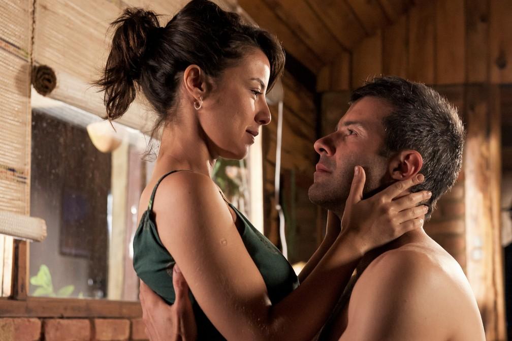 Andréia Horta e Gustavo Vaz estrelam filme 'O Jardim Secreto de Mariana' — Foto: Divulgação/Mariana Vianna