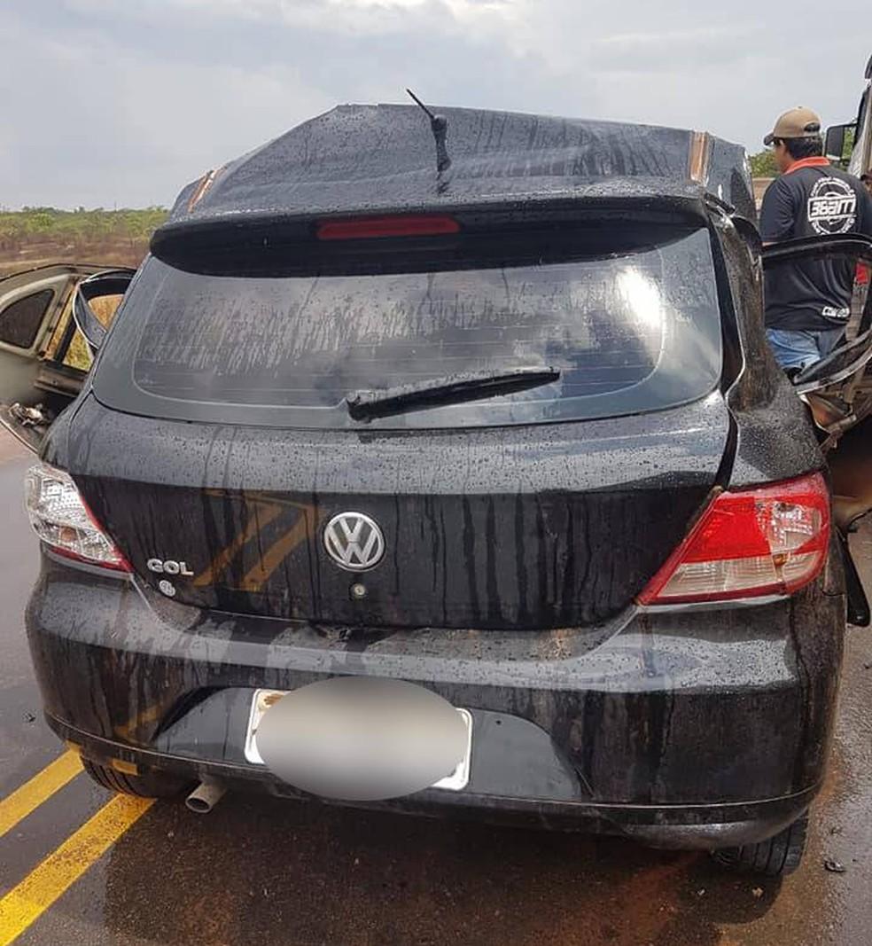 Estava chovendo no momento do acidente — Foto: Facebook/Reprodução