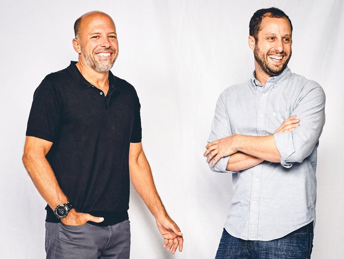 Otavio Zarvos, sócio-fundador da Idea!Zarvos (à esquerda), e Gabriel Braga, CEO do Quinto Andar   (Foto: Arthur Nobre/Época NEGÓCIOS)