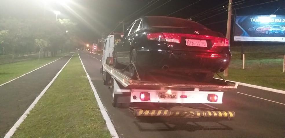 PM apreendeu carro conduzido por adolescente embriagado em Campo Grande — Foto: Polícia Militar/Divulgação