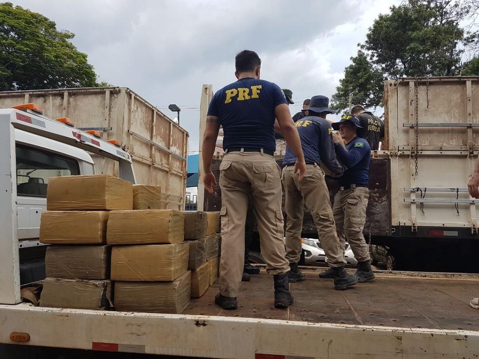 Em janeiro de 2018, PRF encontrou sete toneladas de maconha em carga de farelo de trigo — Foto: Divulgação/PRF