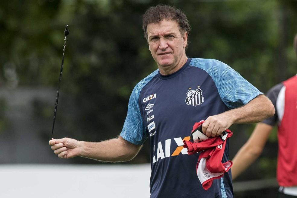 Cuca vê Palmeiras favorito por jogar em seus domínios — Foto: Ivan Storti/Santos FC