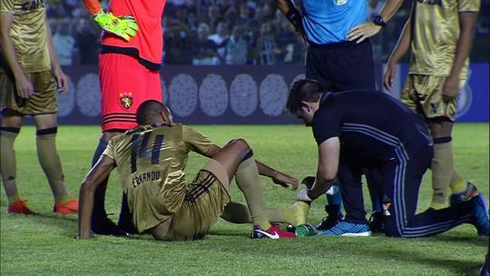 Lesionado, Ernando está fora contra Flu, e Fellipe Bastos não preocupa
