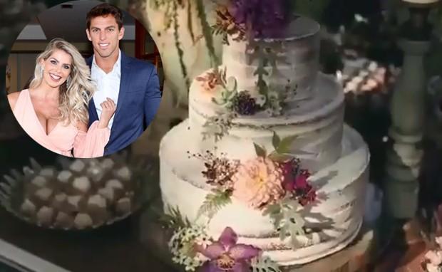 Bolo de casamento de Karina Bacchi e Amaury Nunes (Foto: Instagram/ Reprodução)