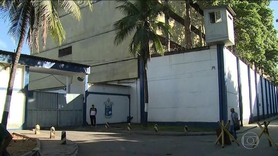 MP pede transferência de Cabral para Curitiba devido a regalias no RJ