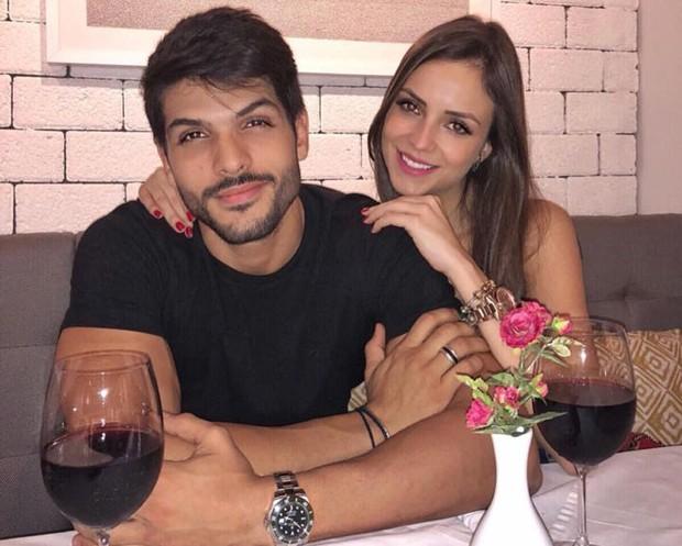 Lucas Fernandes e a noiva, Ana Vilela (Foto: Reprodução/Instagram)
