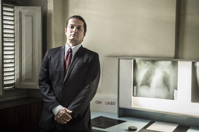 Marcelo Serrado em 'Sob pressão' (Foto: Maurício Fidalgo/ TV Globo)