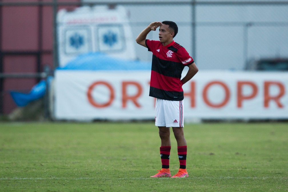 Matheus Gonçalves Flamengo sub-17 — Foto: Gilvan de Souza / Flamengo