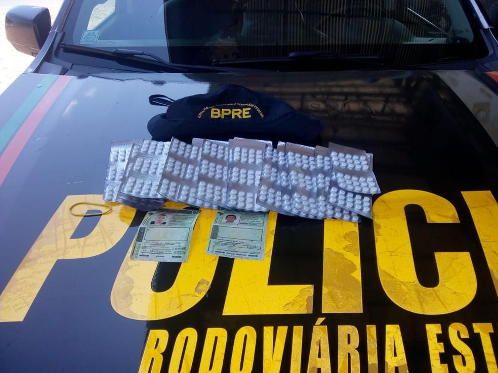 Mais de 700 comprimidos de anfetaminas apreendidos pela Polícia Rodoviária Estadual no Ceará — Foto: Reprodução