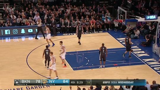 Carmelo e Porzingis comandam virada dos Knicks contra Nets no duelo de NY