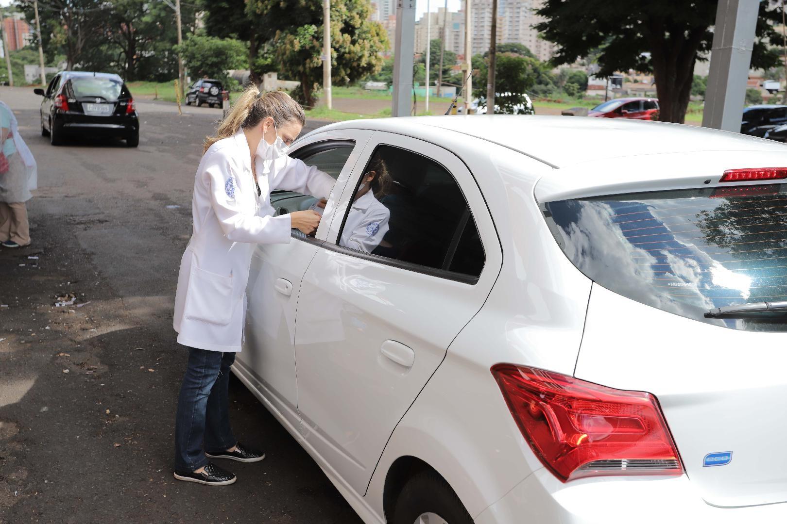 Vacinação contra gripe para idosos supera estimativa do público-alvo em Ribeirão Preto