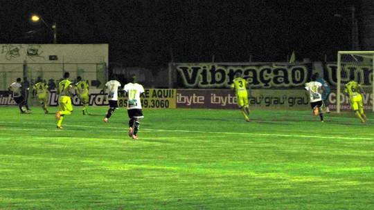 09cb5e97b Em jogo de oito gols