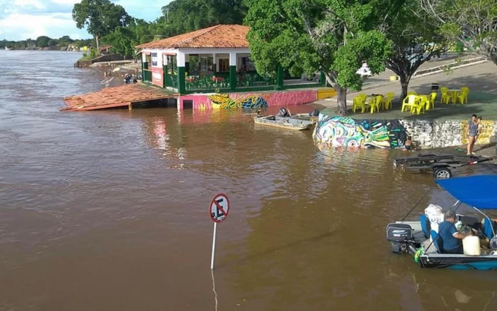 Porto da Associação dos Barqueiros de Aruanã, considerado o principal da cidade, em Goiás — Foto: Divulgação/Corpo de Bombeiros