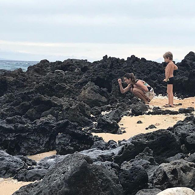 Priscila Assum se diverte com o filho no Havaí (Foto: Reprodução/Instagram)