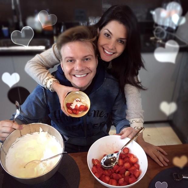 Michel Teló e a mulher, Thais  Fersoza (Foto: Reprodução Instagram)