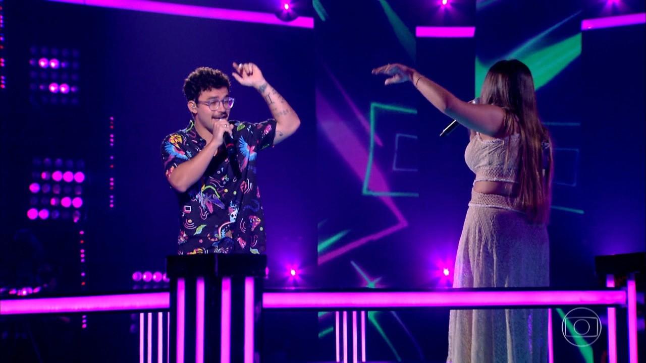 Filipe Toca e Mayra Rodrigues cantam 'Pupila'