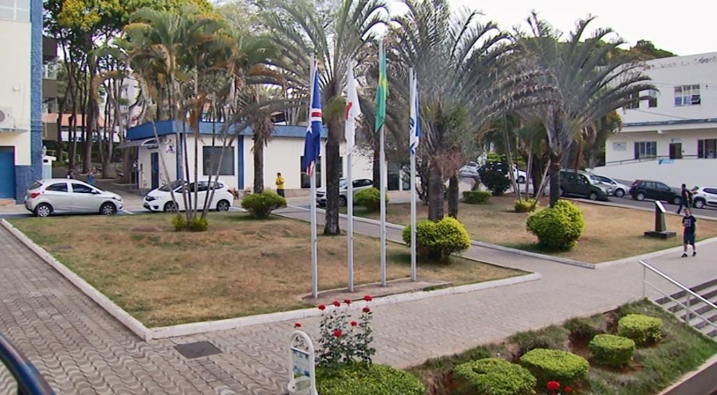 Unifal perde 148 bolsas de iniciação científica e pós-graduação com corte de verbas - Notícias - Plantão Diário
