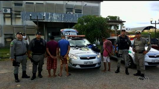 Trio é detido suspeito de esfaquear passageiro de ônibus em assalto
