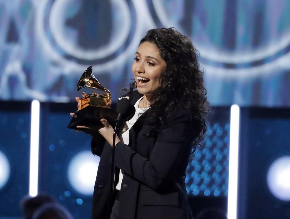 Alessia Cara foi eleita Artista Revelação no Grammy 2018 (Foto: REUTERS/Lucas Jackson)