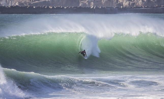 Veja as contas para Medina ser bicampeão mundial no surfe