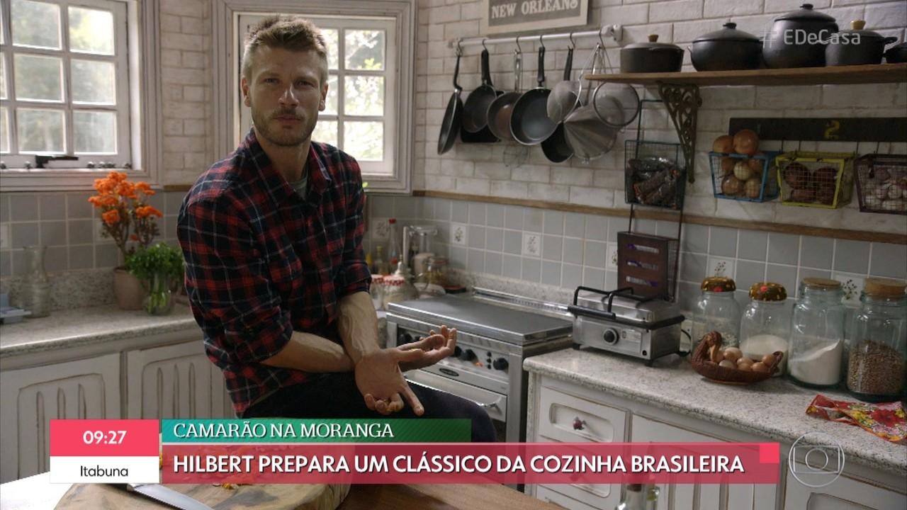 Rodrigo Hilbert continua a receita de camarão na moranga e torta de limão