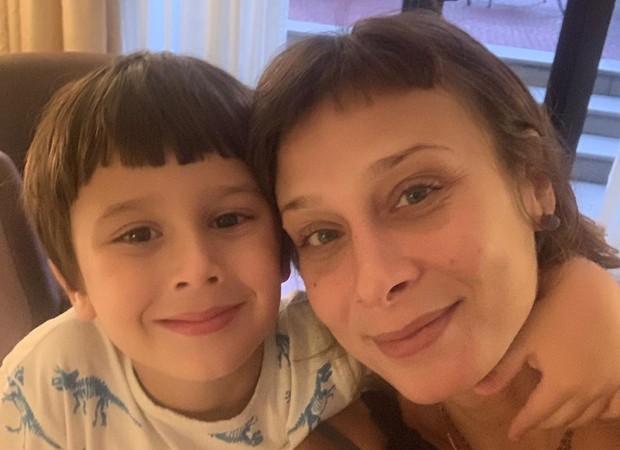 Katiuscia Canoro com o filho (Foto: Reprodução/Instagram)