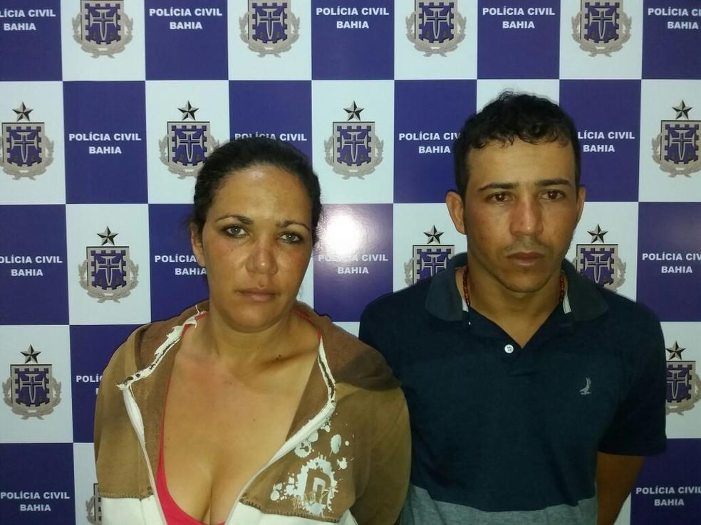 Casal preso por tráfico de drogas em Vitória da Conquista, na Bahia  (Foto: Polícia Civil/ Divulgação)