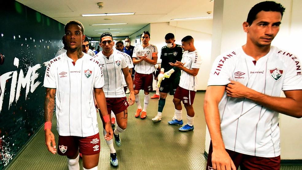 Caio Paulista e Ganso não funcionaram em novas funções — Foto: Mailson Santana / Fluminense FC