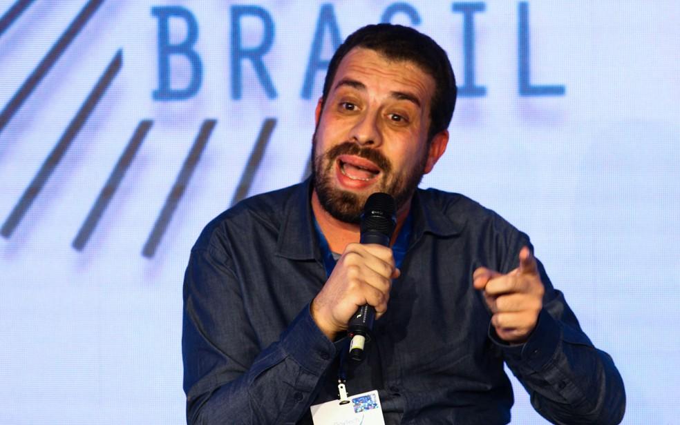 O candidato à presidência da República pelo PSOL, Guilherme Boulos, participa nesta terça-feira (7), do GovTech Brasil (Foto: Aloisio Mauricio/Foto Arena/Estadão Conteúdo)