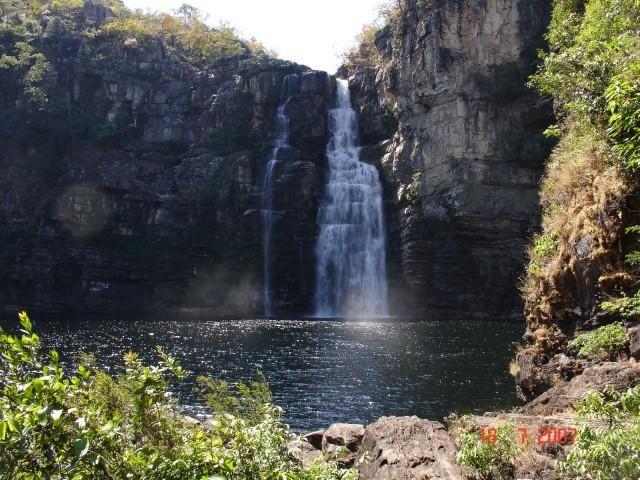 Saltos do Rio Preto, na Vila de São Jorge, na Chapada dos Veadeiros (Foto: Estradas e Trilhas/Reprodução)