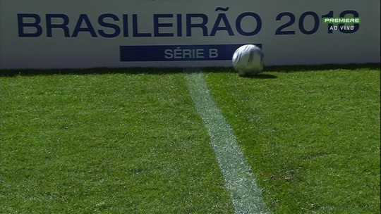 Mazola lamenta erros defensivos e pede desculpa à torcida do Criciúma pela má atuação