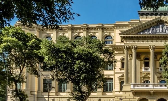 A Biblioteca Nacional sem os tapumes