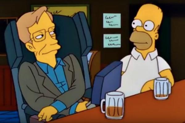 Stephen Hawking e Homer conversam em Os Simpsons (Foto: Reprodução)