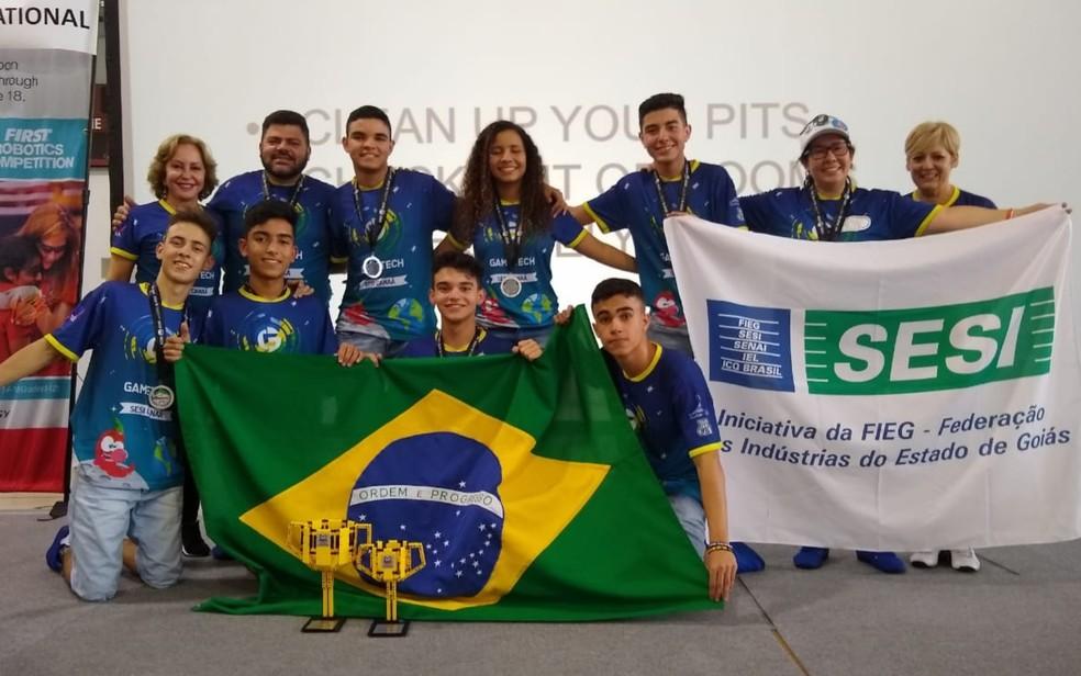 Alunos do Sesi Canaã vencem torneio de robótica na Nasa, nos Estados Unidos — Foto: Sesi/Divulgação