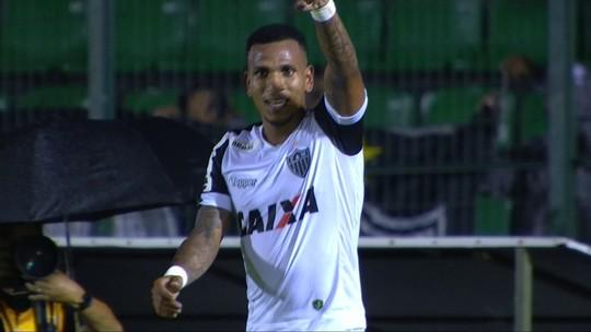 O gol de Figueirense 0 x 1 Atlético-MG pela terceira fase da Copa do Brasil