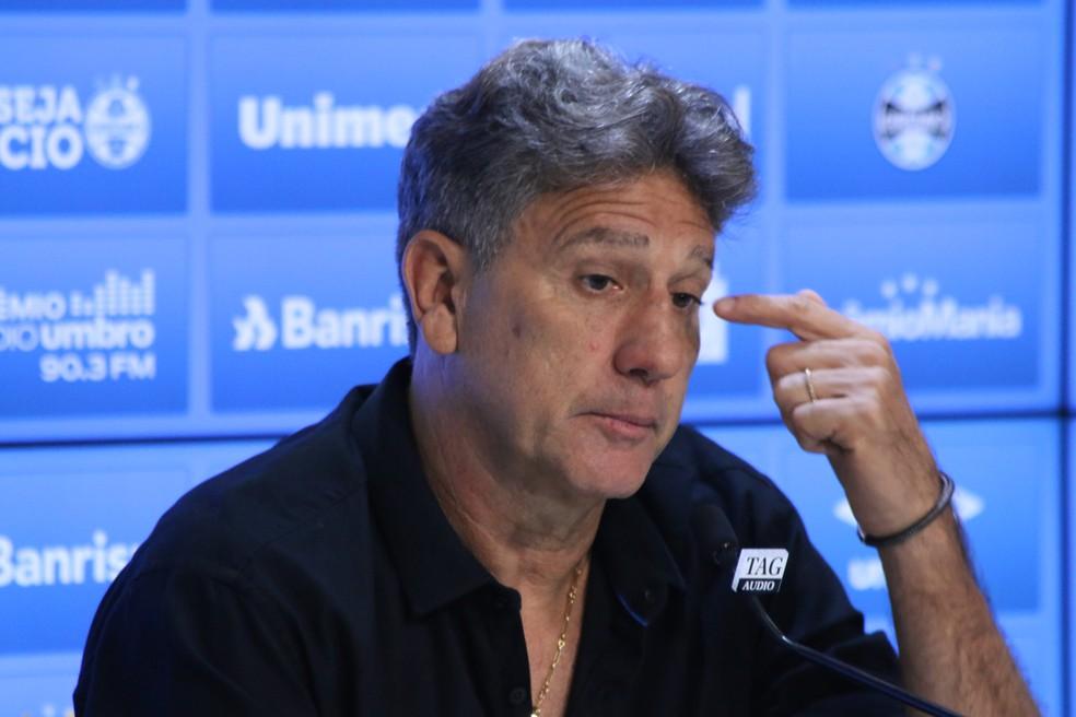 Renato Gaúcho em entrevista após o jogo com o CSA — Foto: Eduardo Moura