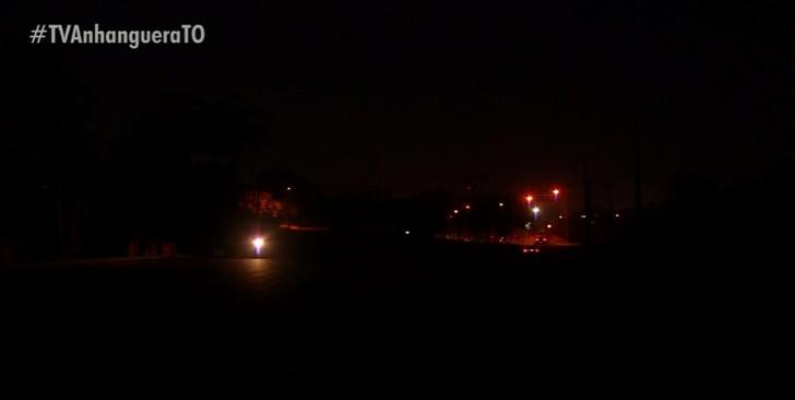 Moradores da Arse 122 reclamam da escuridão em avenida: 'Não pode nem sair de casa'
