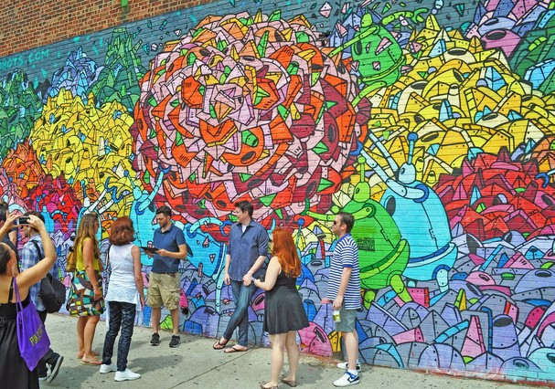 Williamsburg e suas ruas grafitadas (Foto: Like A Local Tours)