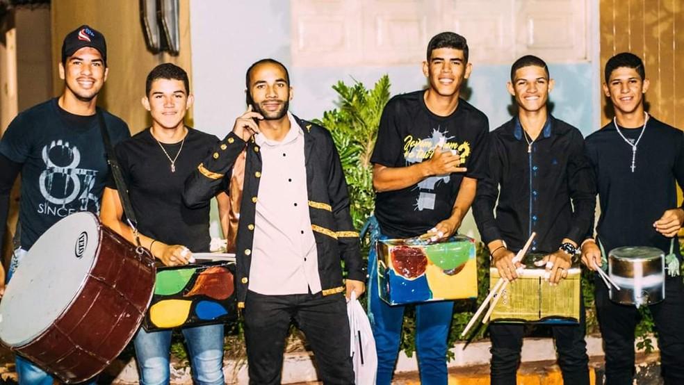 Muitos alunos, estimulados pelo projeto, já atuam como músicos em bandas tradicionais. — Foto: Divulgação/Vagner Dantas