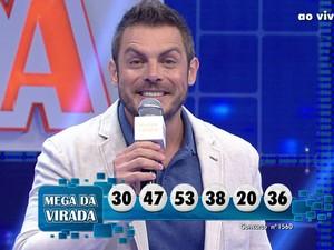Dezenas da Mega-Sena da Virada foram sorteadas na noite desta terça. (Foto: Reprodução/TV Globo)