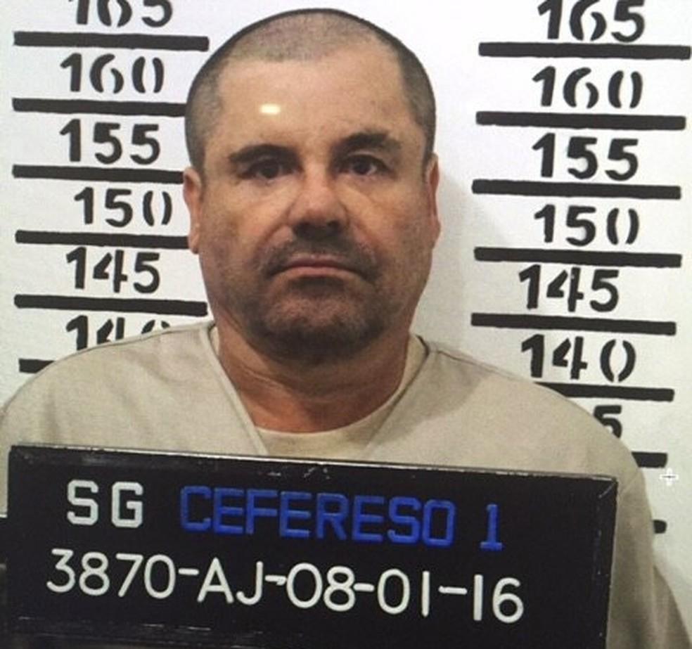 Traficante mexicano 'El Chapo' é extraditado aos Estados Unidos   Mundo