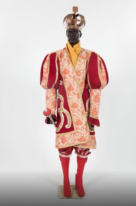Vestimenta do Rei Maracatu Nação Elefante (1899) (Foto: Reprodução Google Arts & Culture)