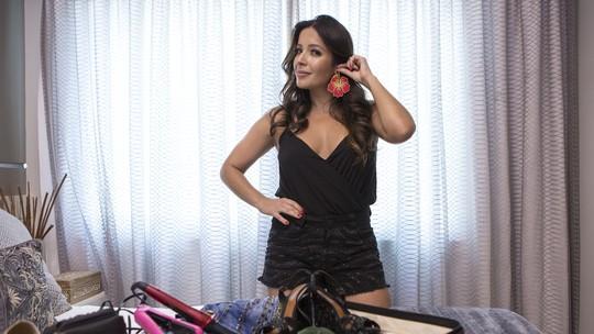 Renata Dominguez mostra como fazer mala de viagem para o Carnaval em Salvador
