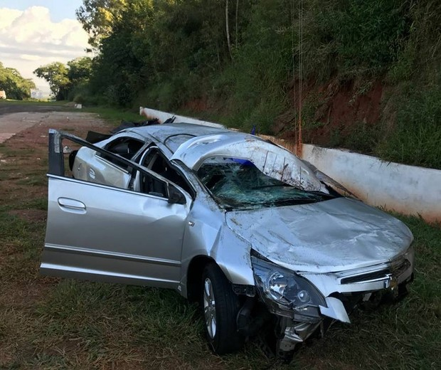 carro acidente genai latorre (Foto: Arquivo Pessoal/Genai Latorre)