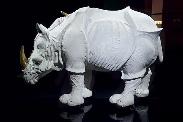 Oi, Zouzou!  O rinoceronte branco é o mascote da Hermès (Foto: .)
