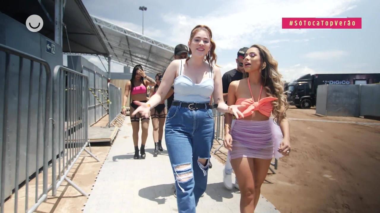 Ana Clara conversa com Lexa sobre planos pro Carnaval nos bastidores do SóTocaTop Verão