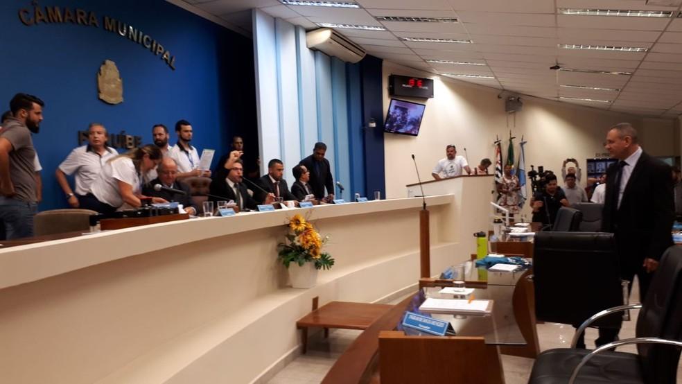 Vereadoresa de Peruíbe aprovaram lei nesta quarta-feira (Foto: Rodrigo Nardelli/G1)