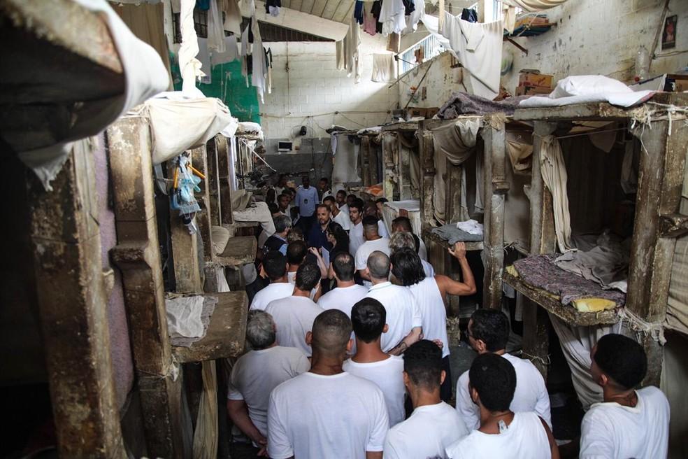 Visita da CIDH ao complexo penitenciário de Bangu, Rio de Janeiro. — Foto: Francisco Proner/ FARPA/CIDH