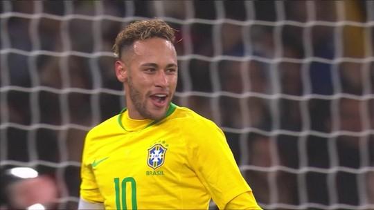 """Tite cita 600 passes e domínio em vitória sobre o Uruguai: """"Ideia é encontrar ponto de equilíbrio"""""""